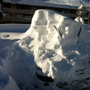 More pictures of cars covered in snow...