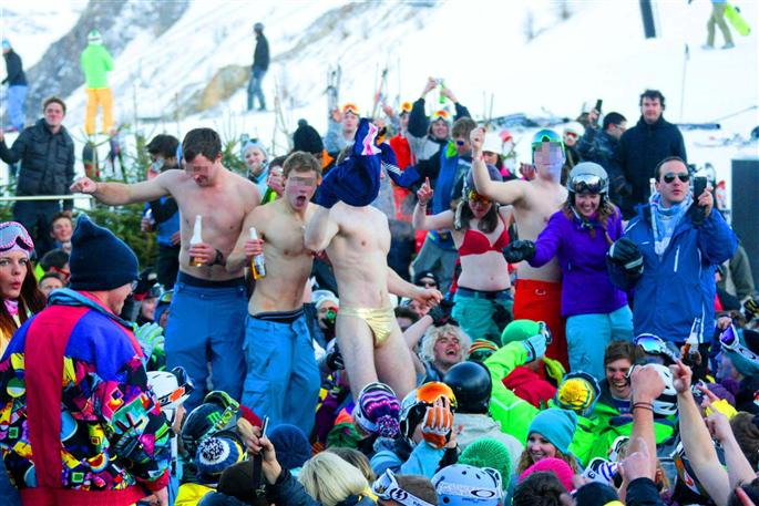 Work At The Folie Douce Now Also In Megeve Chaletline Co Uk