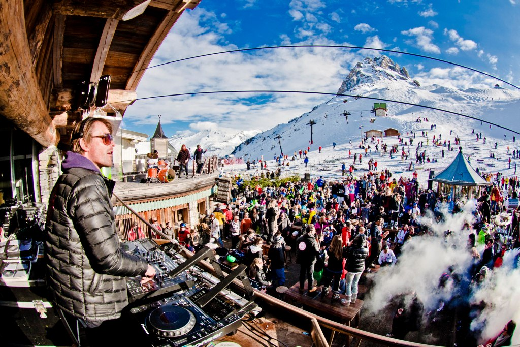 55 Of La Folie Douce Val Thorens Sold For 2 5m Skipedia