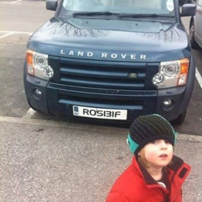 If Nigel Farage owned a Landrover...this would be the numberplate